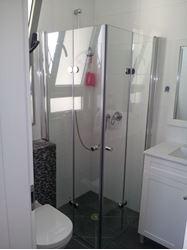 תמונה של מקלחון הרמוניקה פינתי מטר